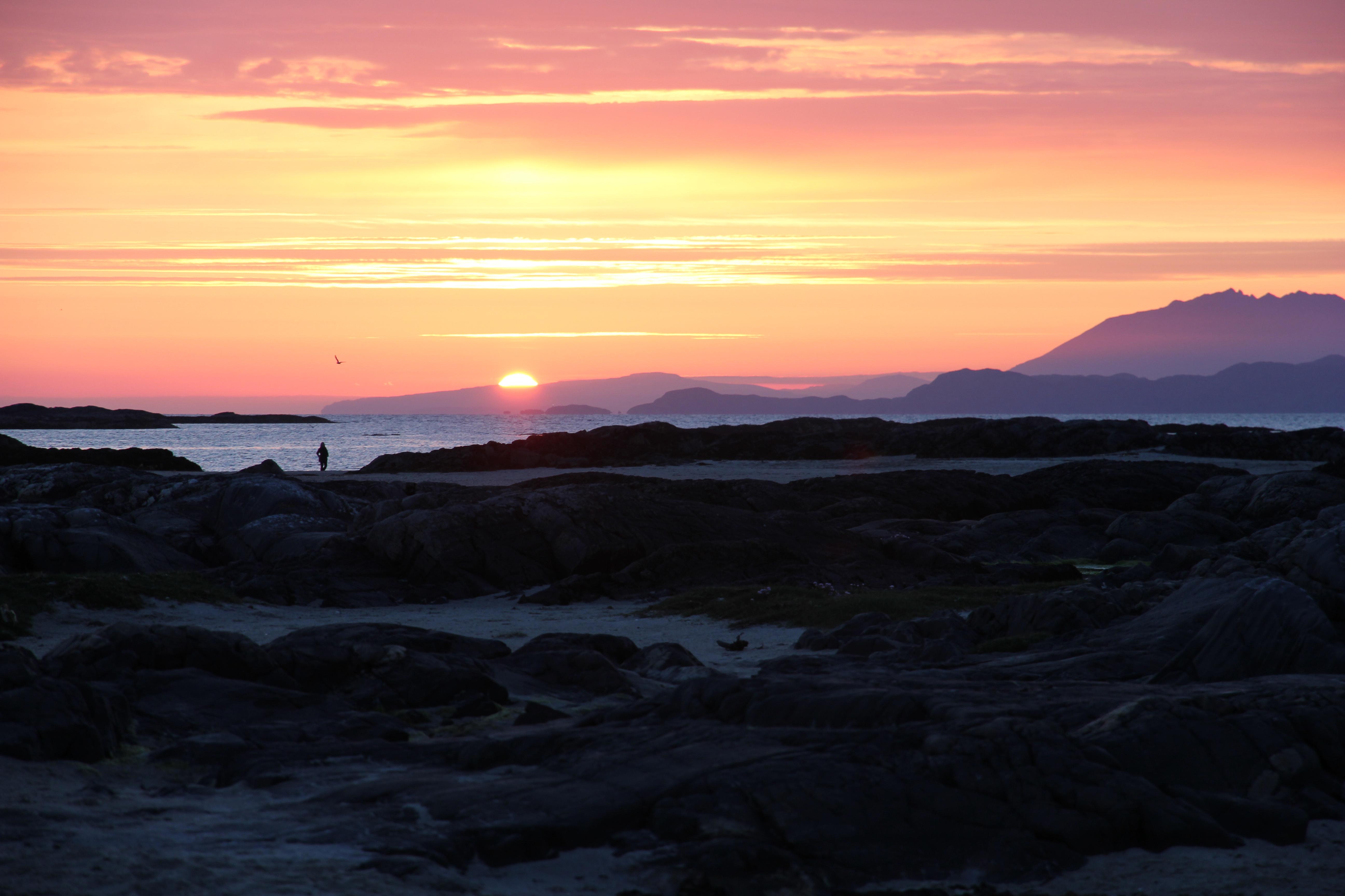 VW T5 T6 California Schottland Roadtrip 2015 Wildcamping Sonnenuntergang Abendstimmung Isle of Skye