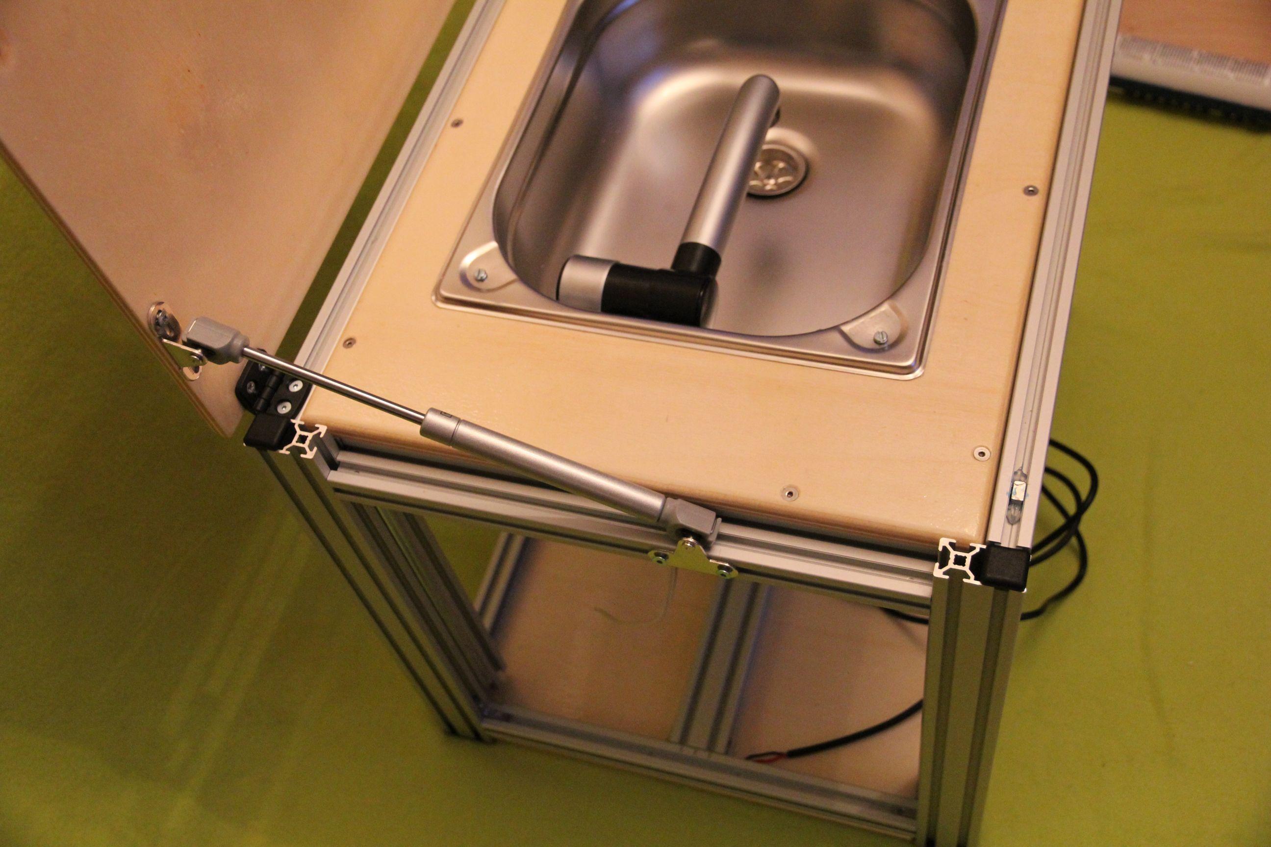 Camping küchenblock selber bauen  Ultrakompakt-Waschbecken-Modul, die Selbstbau-Anregung