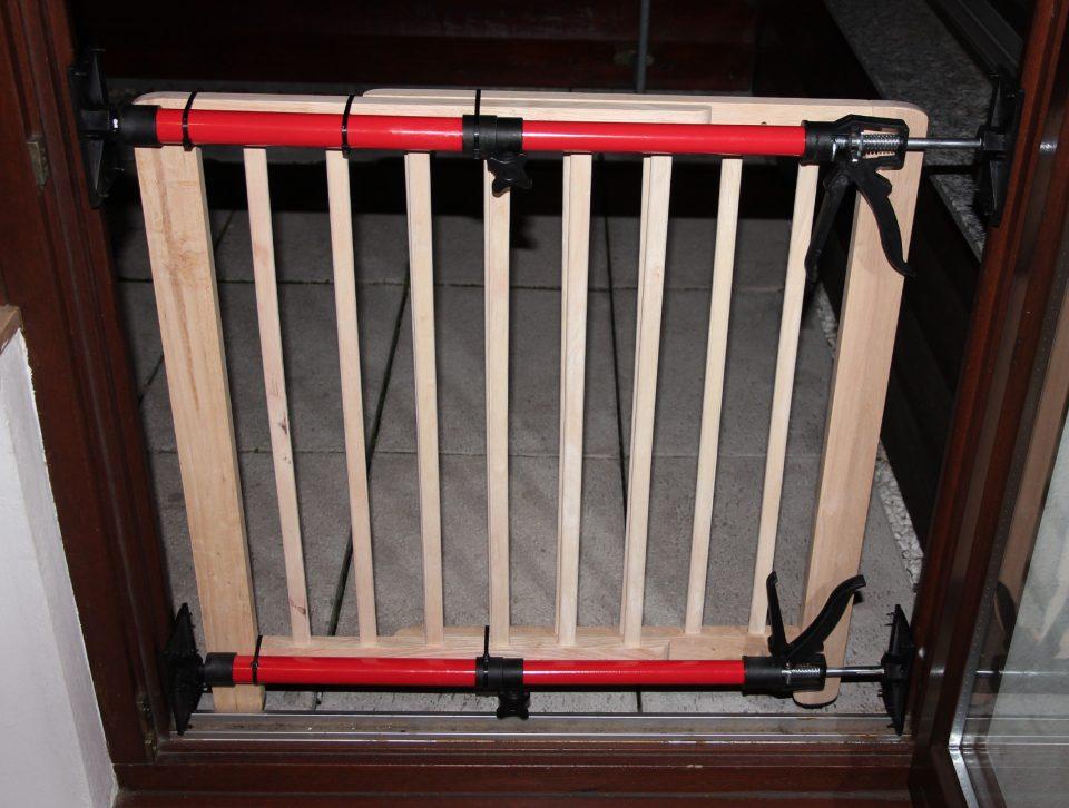 selbstbauanleitung mufugi das multifunktionale kinderschutzgitter bau ich mir. Black Bedroom Furniture Sets. Home Design Ideas