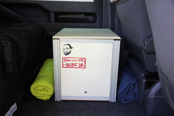 resized_VW T5 Bus Bully Wohnmobil Waschbecken Modul Campingkueche SlideOut - Bau 106