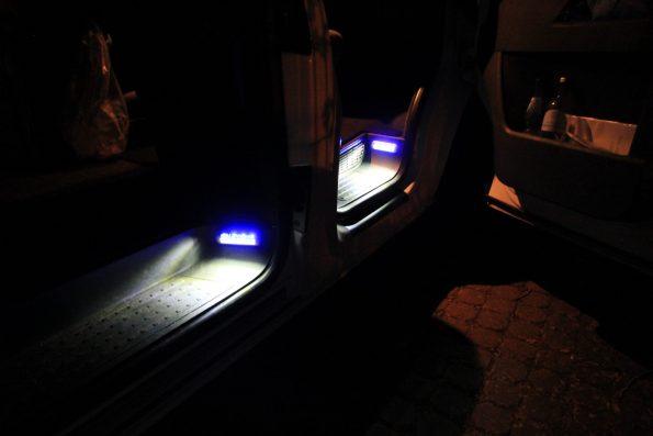 VW T5 T6 Licht Lampen Beleuchtung Stufe Tritt Einstieg LED strom sparen Tür Umbau 8144