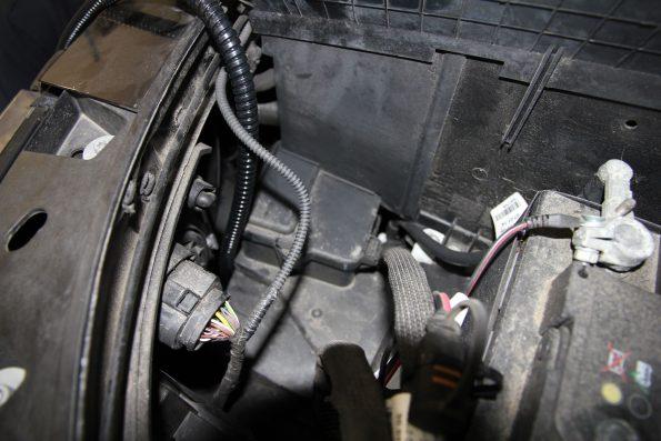 resized_IMG_8809 aussenstrom baterie laden ctek vw volkswagen california beach camper van