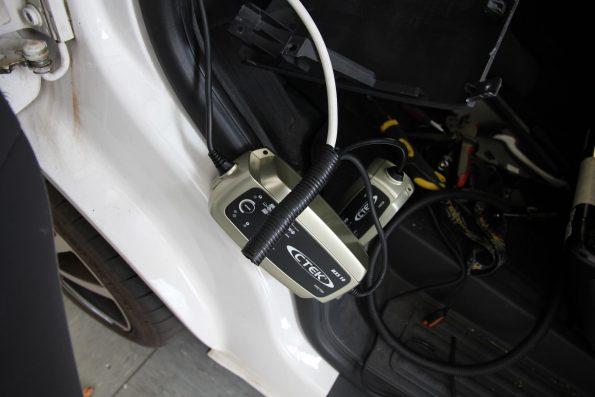 resized_IMG_8828 aussenstrom baterie laden ctek vw volkswagen california beach camper van