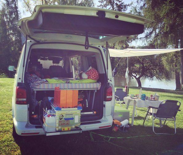 Camping Equipment Heckauszug Zarges Box Sommer See VW Bus T5 Bulli Selbstbau Kinder Equipment
